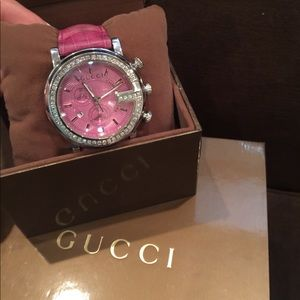 Gucci G Chrono Pink Crocodile Strap Watch YA101313